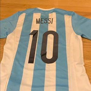 Women's Argentina Messi soccer shirt size small